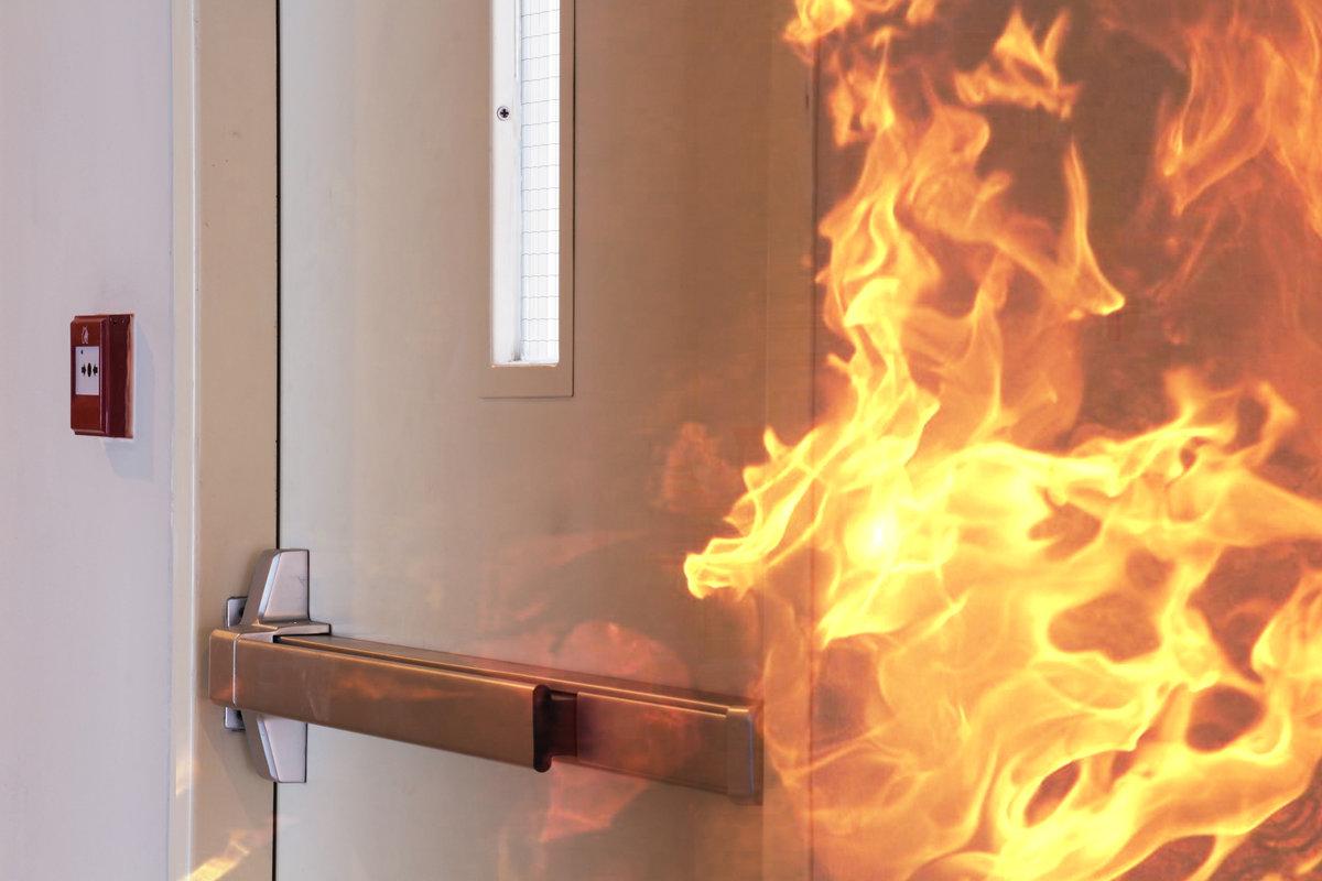 Jansen branddeur in gebouw
